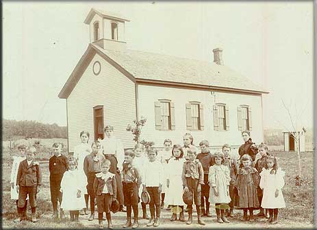 Newport / Red Rock School